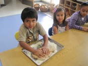 breadbaking_in_kindergarten_261